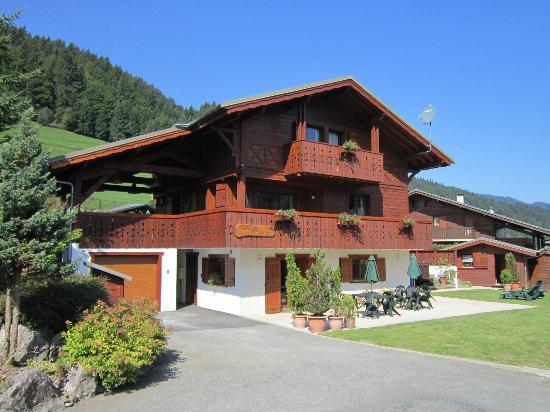 kayaking high in the alps picture of simply morzine chalet des montagnes morzine tripadvisor