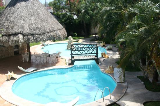 Maya del Carmen: Relaxing pool! enjoying even from your balcony...