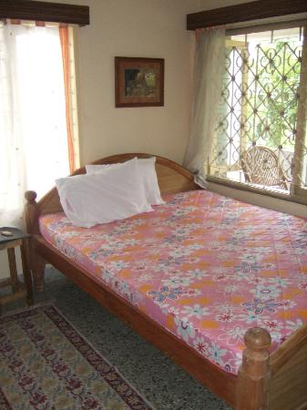 Mysore Bed and Breakfast: Bedroom