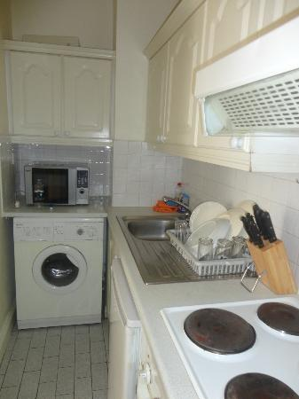 Sky Backpackers: Kitchen