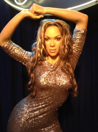 Beyonce??? looks like a man in drag - Picture of Hollywood Wax Museum, Pigeon Forge