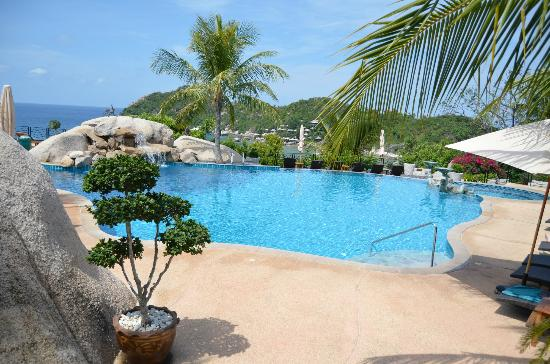 Jamahkiri Resort &amp; Spa: Lovely Pool - amazing views!