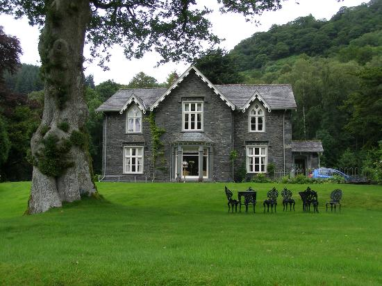Hazel Bank Country House