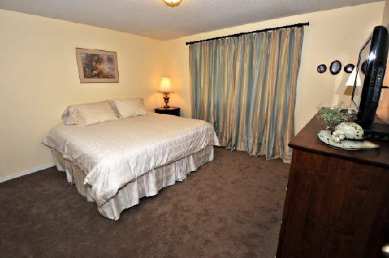 Revelstoke Bed and Breakfast : King Room 