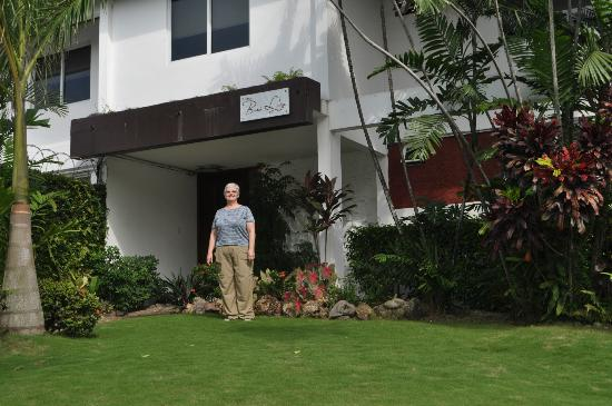 Baru Lodge: In front of the hotel