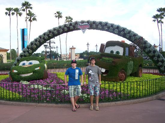 Epcot topiaries! - Picture of Epcot, Orlando - TripAdvisor