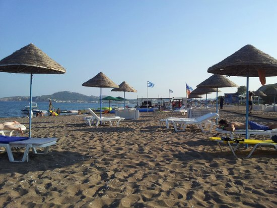 Pegasos Beach Hotel: Spiaggia