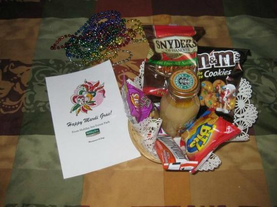 Holiday Inn Forest Park: My Surprise Gift Basket for Mardi Gras