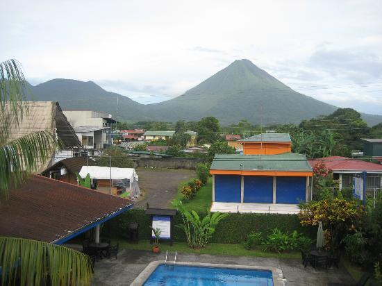 Hotel San Bosco: Finally! The volcano (from the observational deck)