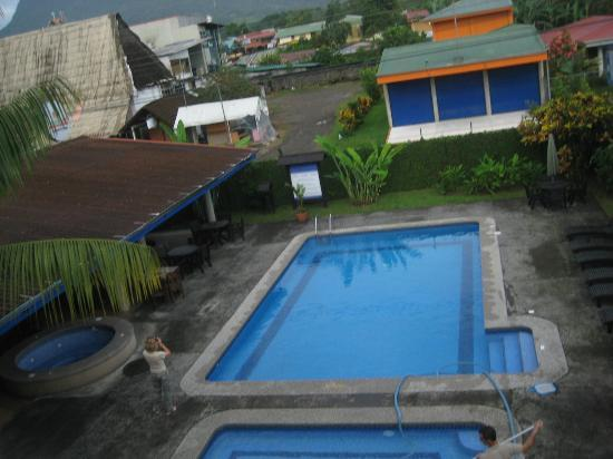 Hotel San Bosco: Pool and breakfast area from the observational deck
