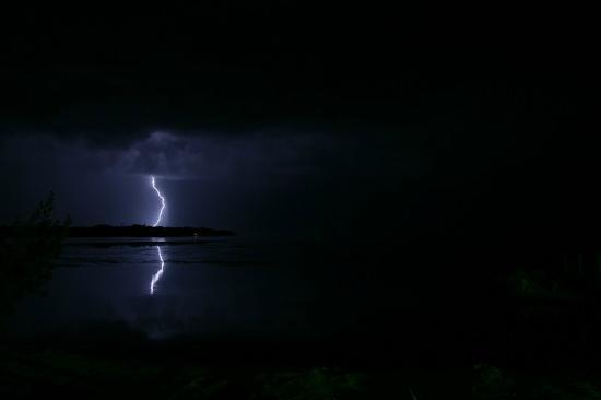Gulf View Waterfront Resort: Evening lightning storm