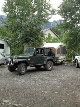 4J+1+1 RV Park: in the trees by the river