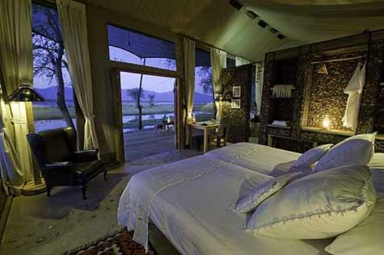 Wilderness Safaris Ruckomechi Camp