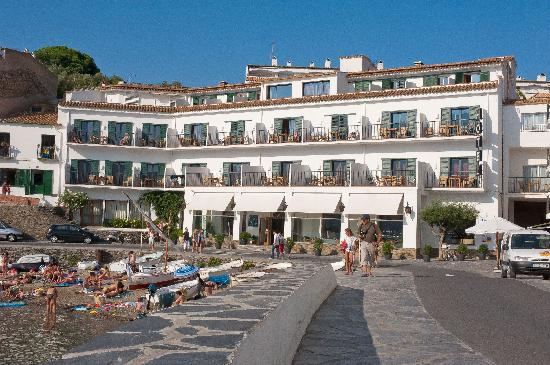Photo of Hotel Playa Sol Cadaques