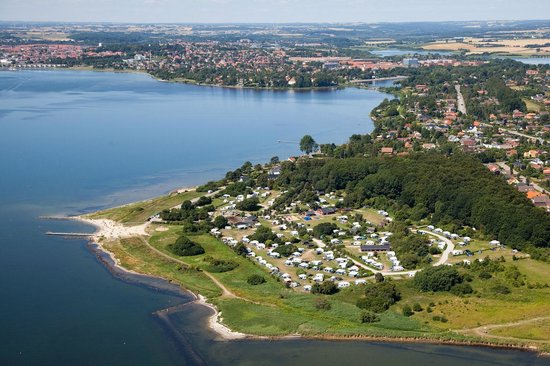 Husodde Strand Camping with a view to Horsens city