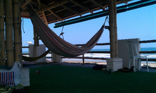 Casa de Playa: ocean view, hammocks