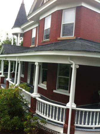 Photo of Lincoln House Bed & Breakfast Marion