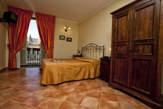 Photo of Neapolis Hotel Naples