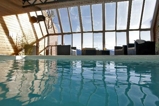 301 moved permanently for Piscine font romeu