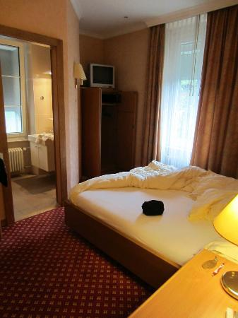 Hotel Elite: Basic double room