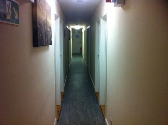 Chris's Motel: hallway to the room at the back of the hotel