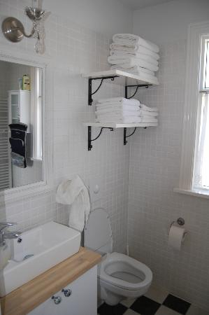 Egils Guesthouse Cottage: bathroom