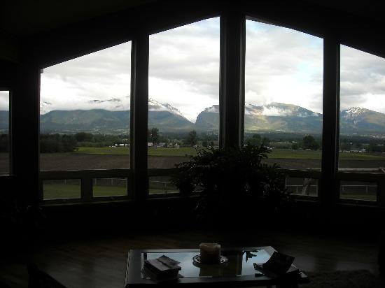 Tranquility Bed and Breakfast: Your view from the Great Room