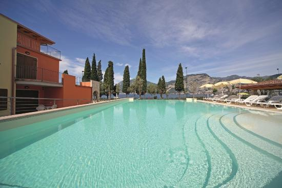 Photo of Atlantide Villaggio Albergo Assenza di Brenzone