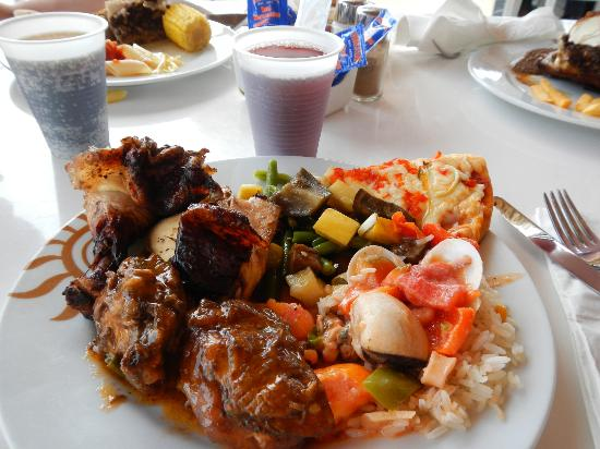 Chicken buffet - Picture of Grand Bahia Principe Jamaica, Runaway Bay ...