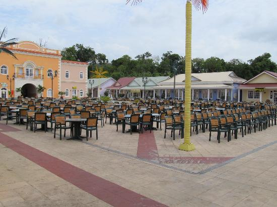 Chicken Hut - Picture of Grand Bahia Principe Jamaica, Runaway Bay ...