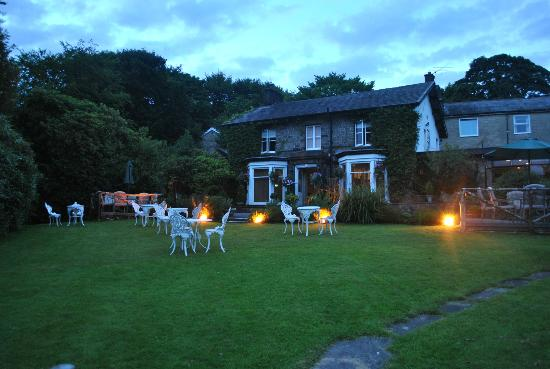 Egerton House Hotel: View from the beautifully landscaped grounds on an evening stroll.