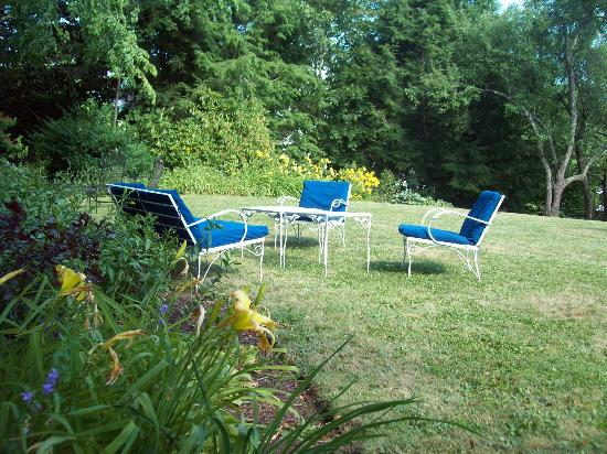 The Blue Hill Inn: side-yard garden area