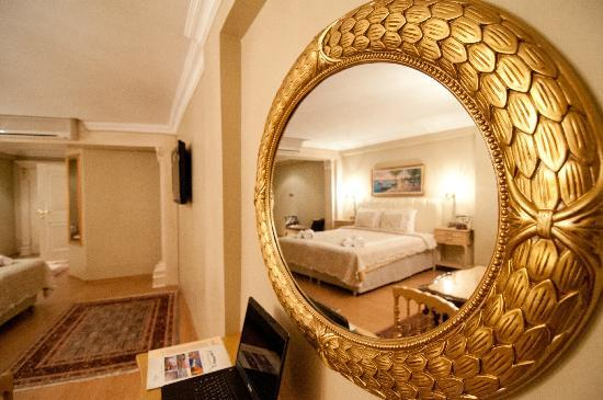Emine Sultan Hotel: Suite 2