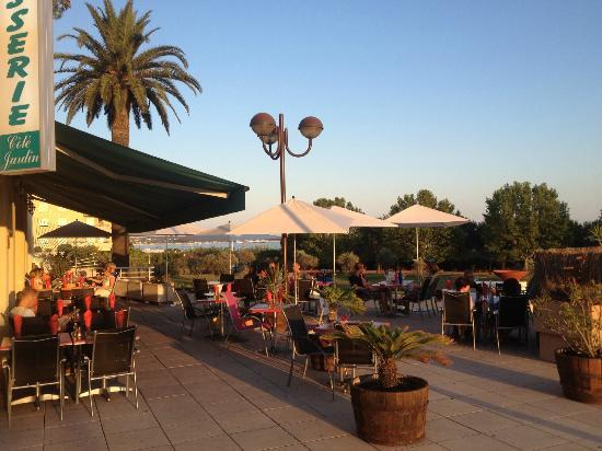 Populaire restaurants in juan les pins tripadvisor for Restaurant antibes le jardin