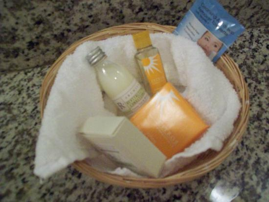 La Quinta Inn & Suites Loveland: Really liked the scent of the toiletries