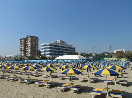 Lido adriano photos featured images of lido adriano ravenna tripadvisor - Bagno lucciolamarina di ravenna ...