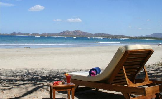Hotel Capitan Suizo: Beach