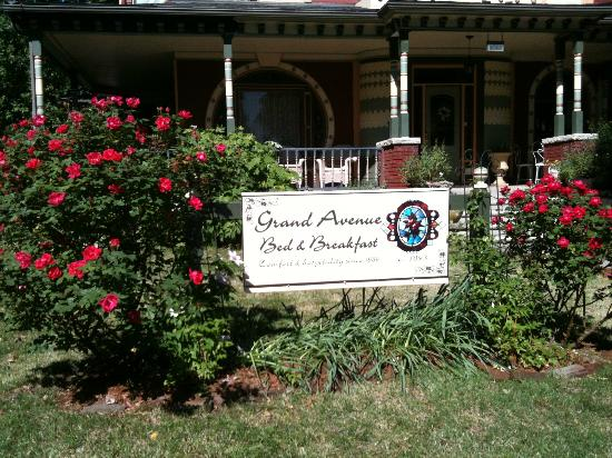 Photo of Grand Avenue Bed and Breakfast Carthage