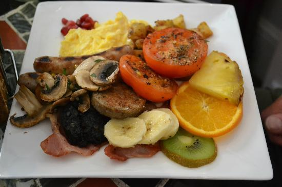 The Griffin Guest House: Full English Breakfast - absolutely amazing!