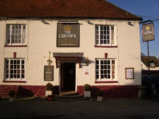 ‪The Crown Aldbourne‬