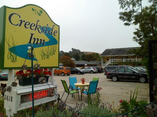 Creekside Inn Entrance