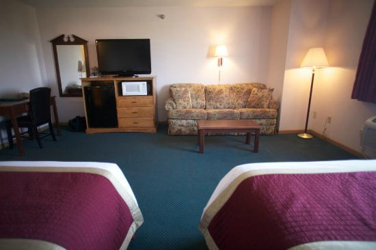 New Victorian Inn York: Double Queen Suite