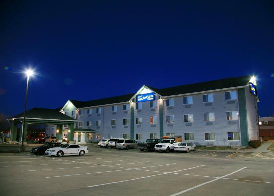Photo of New Victorian Suites Lincoln, NE