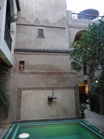 Riad Palmier: pool