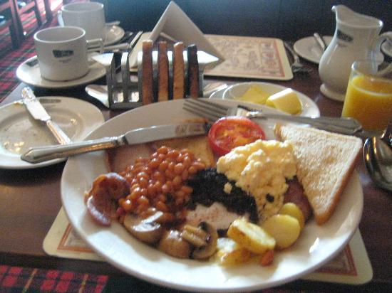 Cairngorm Hotel: Classic Scottish Breakfast at the hotel