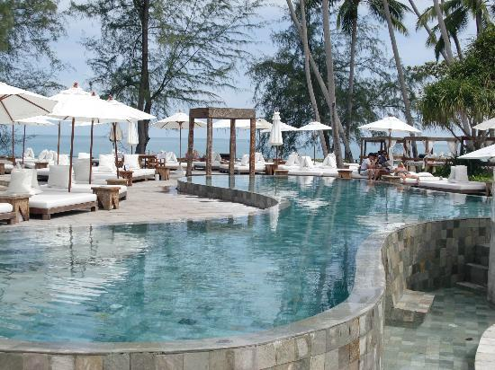 Nikki Beach Bungalow Resort: The fabulous pool