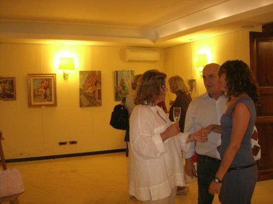 Hotel Due Mari: Vernissage mostra d'arte