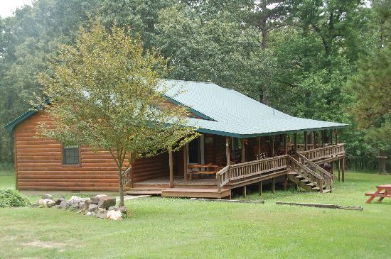 Photo of Friendly Pines Cabins Broken Bow