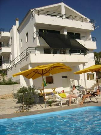 Apartments Villa Goja