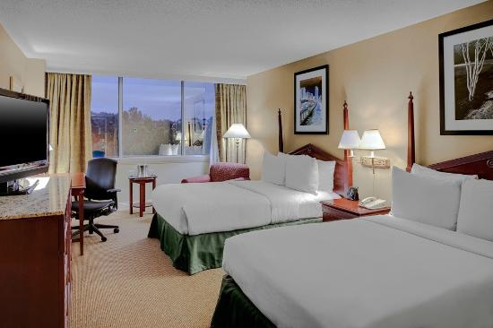 Hilton Birmingham Perimeter Park: Guest Room with Two Double Beds